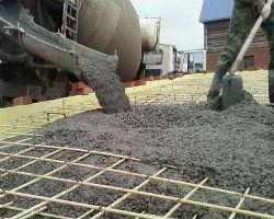 Заливка армированного фундамента бетоном марки М300