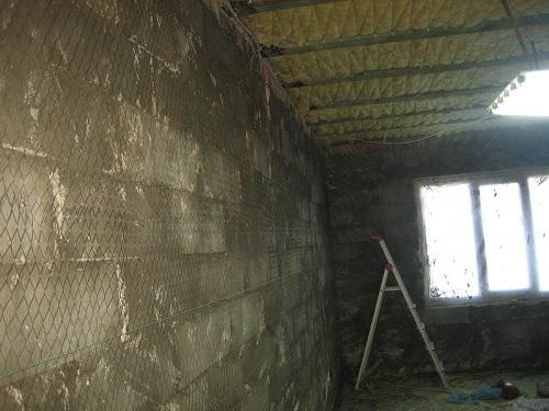 Подготовка к штукатурке пенобетонной стены