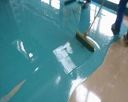 Окрашивание бетона полимерным составом