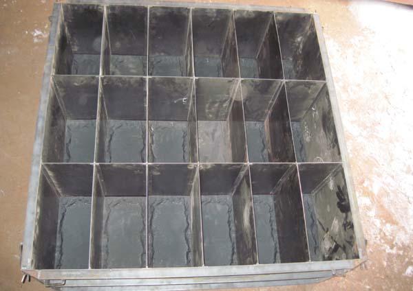 Металлоформа 400х200х400 для рядового теплоблока (на 18 блоков)