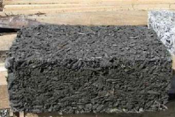 Шершавая поверхность блоков упрощает их наружную отделку