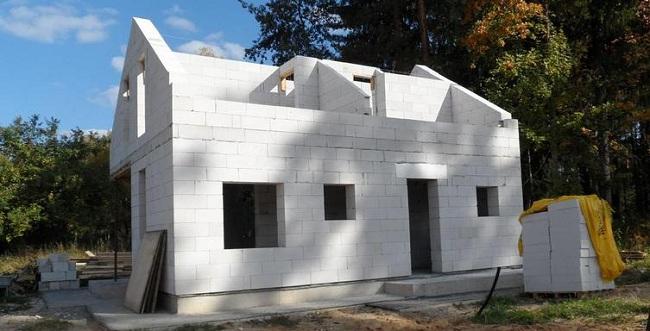 Строительство дома из газобетонных блоков Ytong
