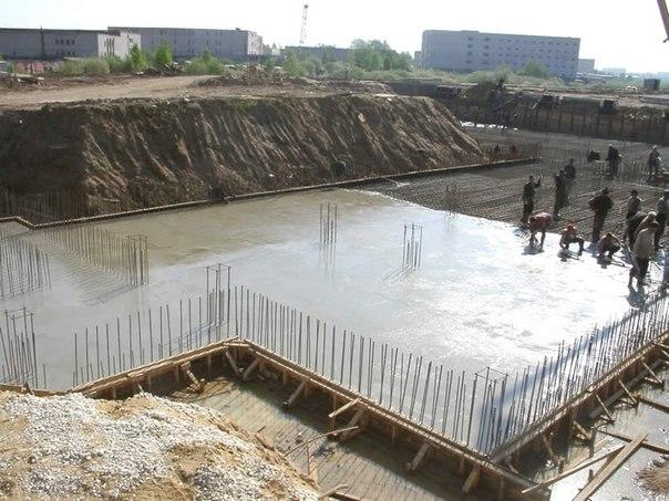 Марка бетона М200 пользуется наибольшей популярностью как в частном, так и в промышленном строительстве