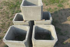 Квадратные бетонные трубы
